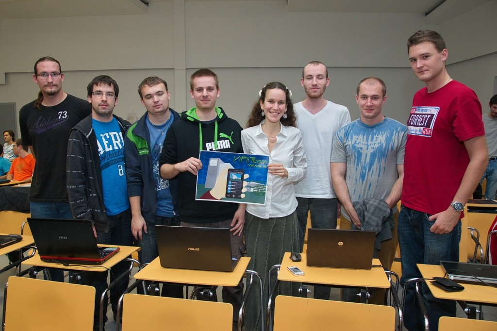 TP CUP 2014: VIRTFIIT - virtuálna FIITka
