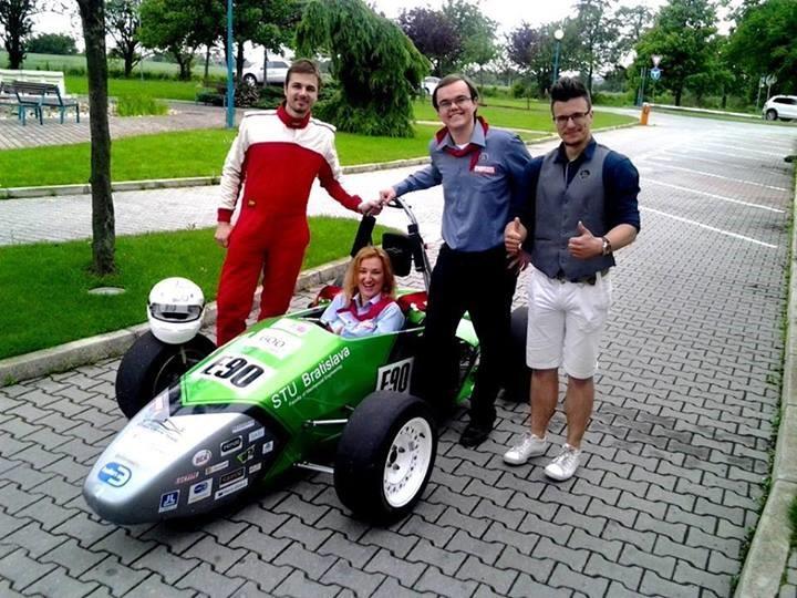 Pionieri prvý krát v Bratislave