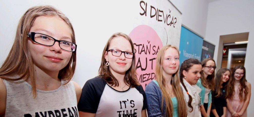Ako mladé dievčenské tímy programovali v Scratchi: SCRATCHMATCH Slovensko 2017 1