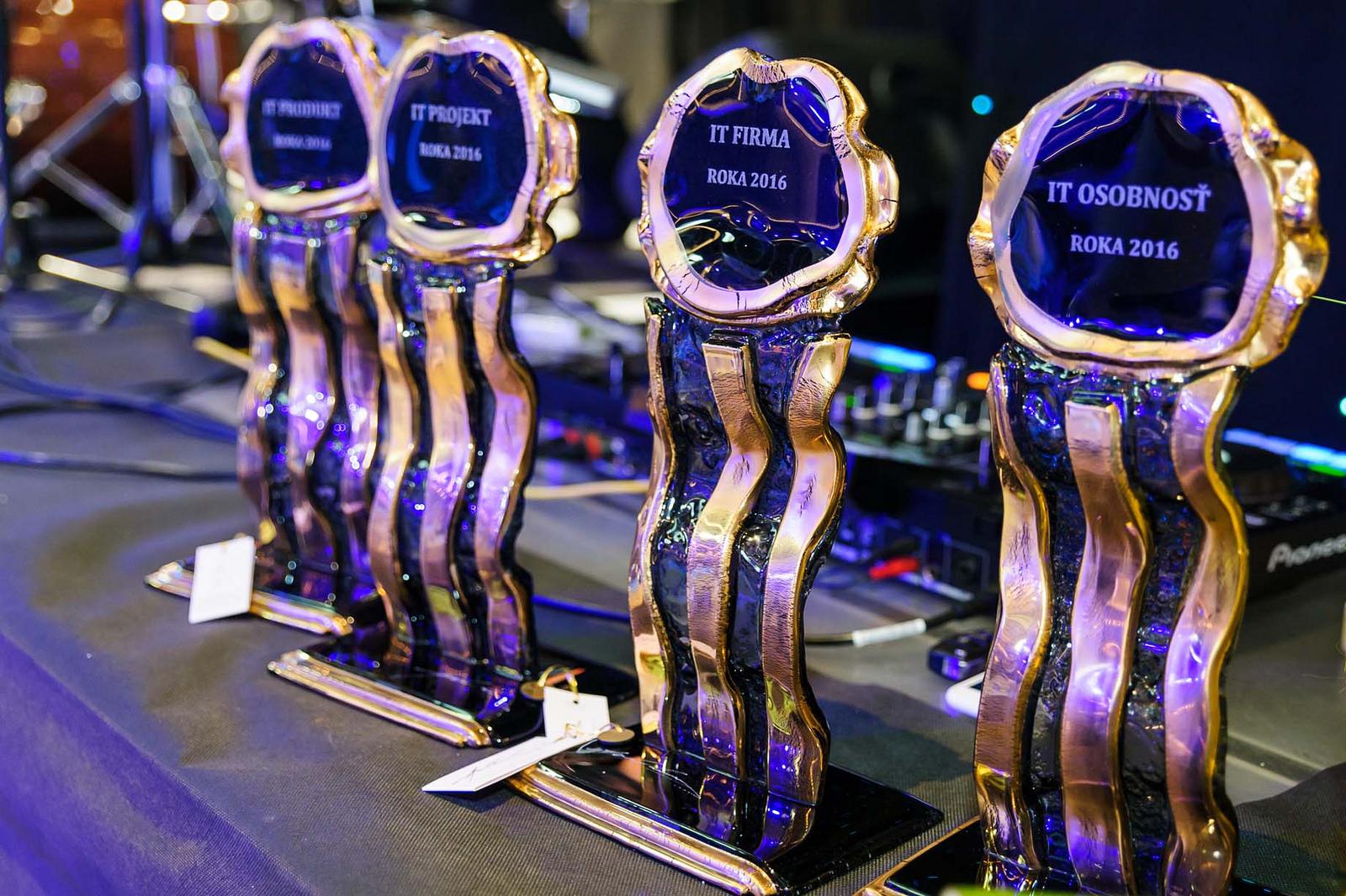 Kto dostane počítačových Oskarov za rok 2017? Poď s nami na IT GALA (súťaž) 3