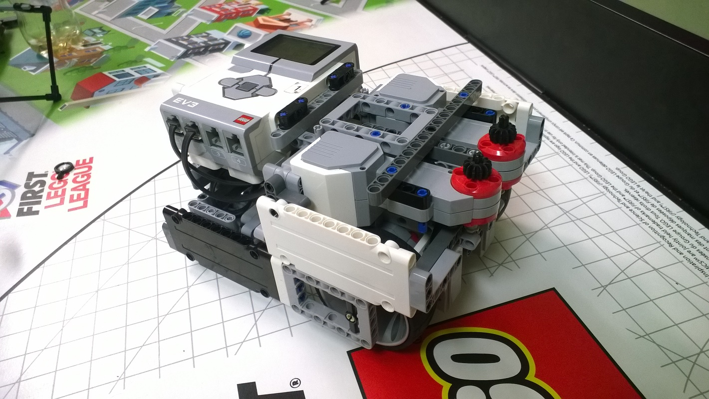 Lego robota Berthu stavali víťazi regionálneho kola First Lego league 2 mesiace 9