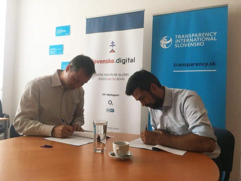 Slovensko.Digital a Transparency International Slovensko spájajú sily pri podpore oznamovateľov korupcie v štátnom IT
