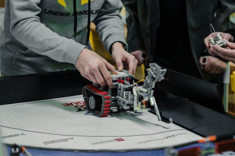Decembrové FIRST LEGO League turnaje