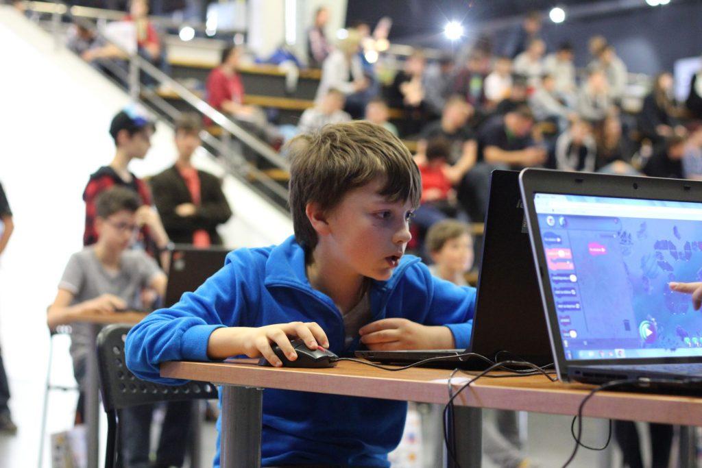 Na Galaxiáde hľadáme počítačové hry od žiakov základných škôl aosemročných gymnázií 1