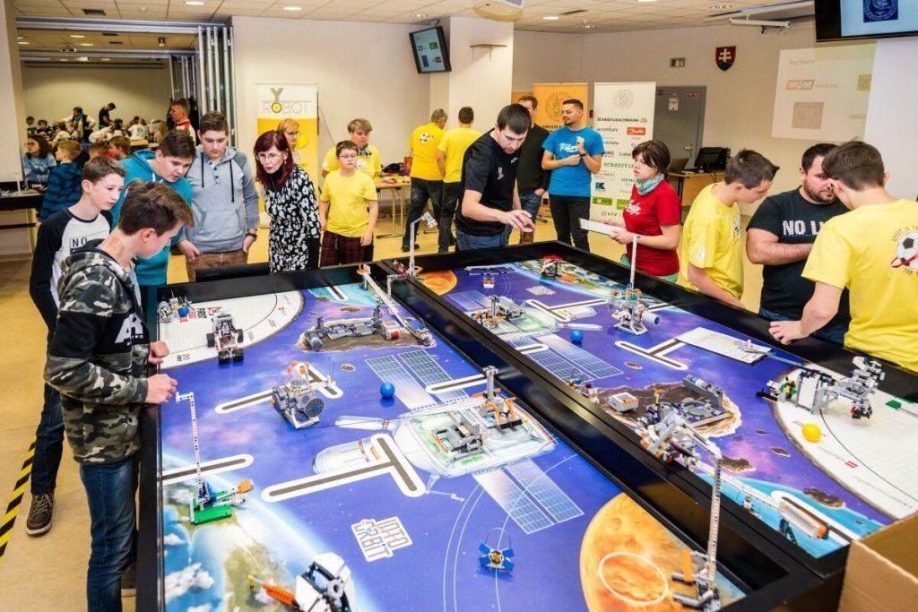 FIRST LEGO League. Ako legom nadchnúť pre vedu a technológie