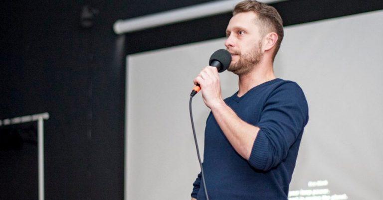Daniel Harcek, vo voľnom čase sa rád vzdeláva, plní si sny a fascinuje ho Blockchain a AI