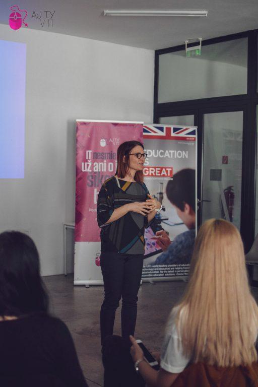 Do Košíc prišla jedna z 50 najvplyvnejších britských žien v oblasti informačných technológií, Sarah Burnett. 5