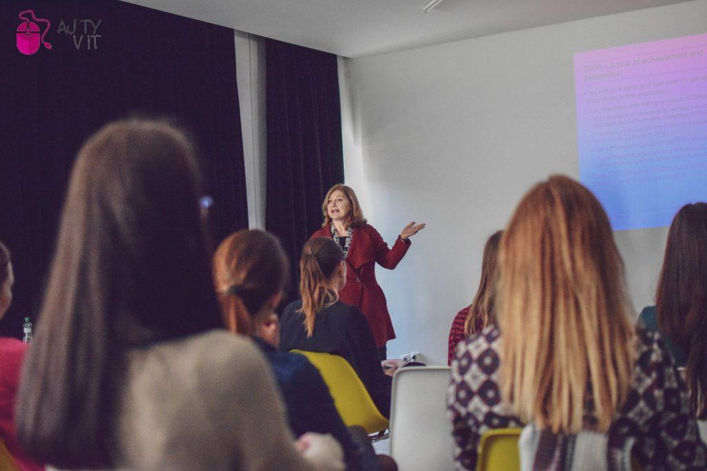 Do Košíc prišla jedna z 50 najvplyvnejších britských žien v oblasti informačných technológií, Sarah Burnett. 3