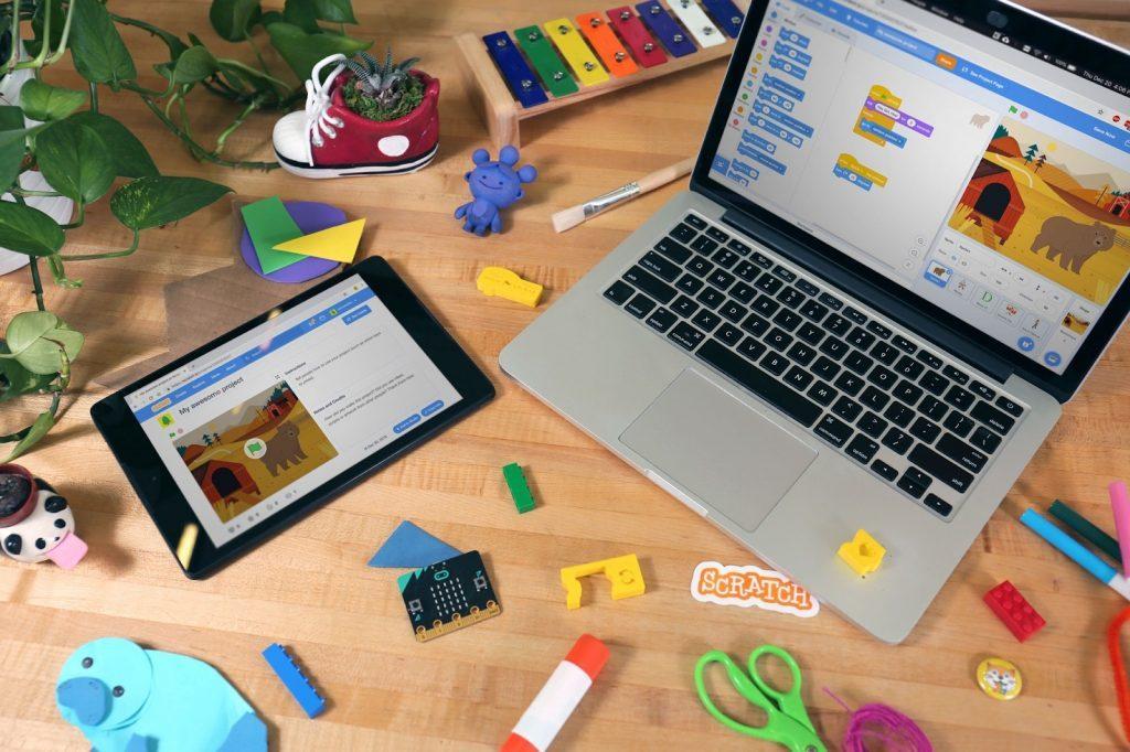 10 stránok, ktoré naučia vaše deti programovať