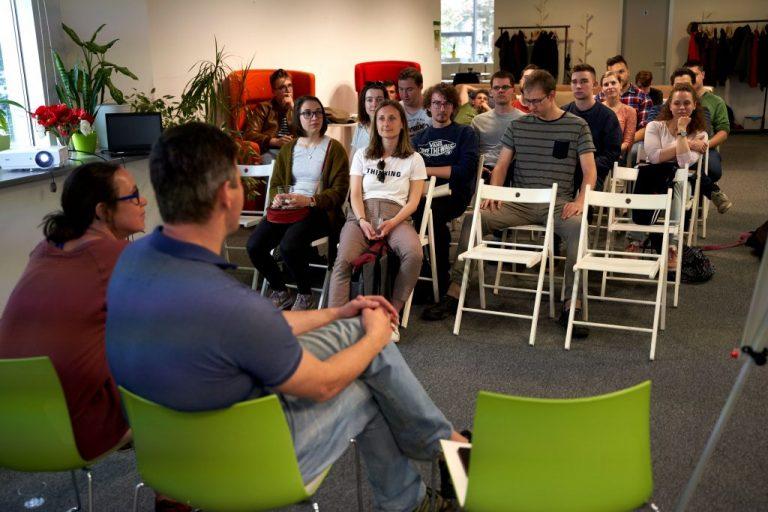 Vzdelávacia platforma Butterfly Effect opäť otvára svoje brány, učí praktické zručnosti pre digitálny biznis