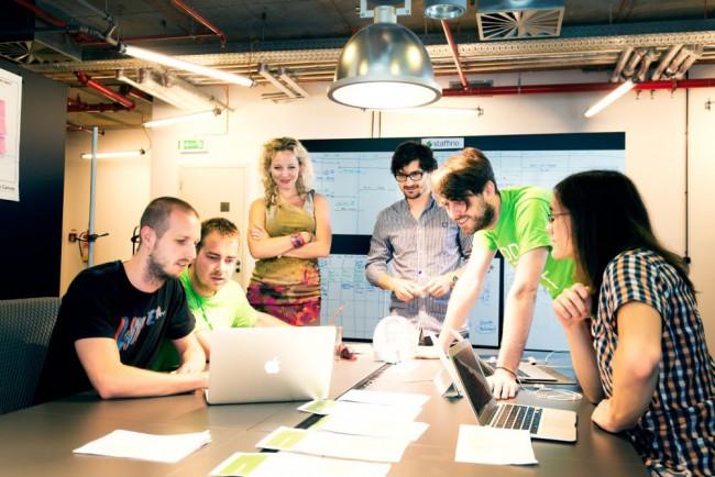 Kedysi redaktorom časopisu, teraz podnikateľom s vlastným úspešným startupom. Nový speaker Startup Grind Bratislava. 1