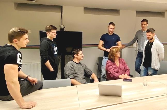 Živé IT projekty: APPka pre novinárku na spracovanie zážitkov z ciest 5