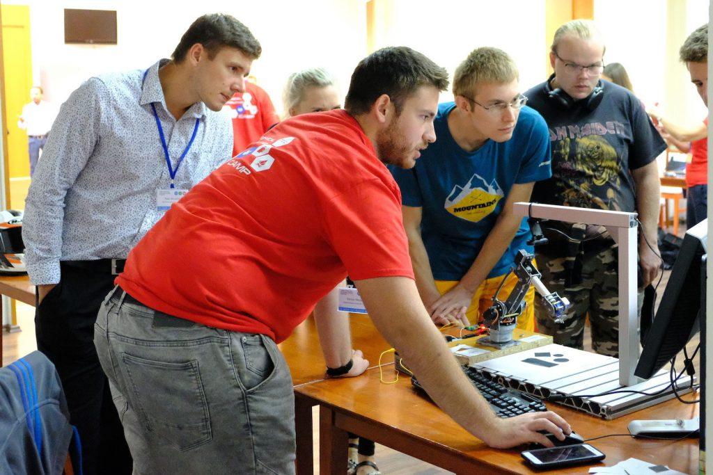 Technical Computing Camp pre študentov sa blíži. Hovoriť sa bude aj o elektromobilite 1